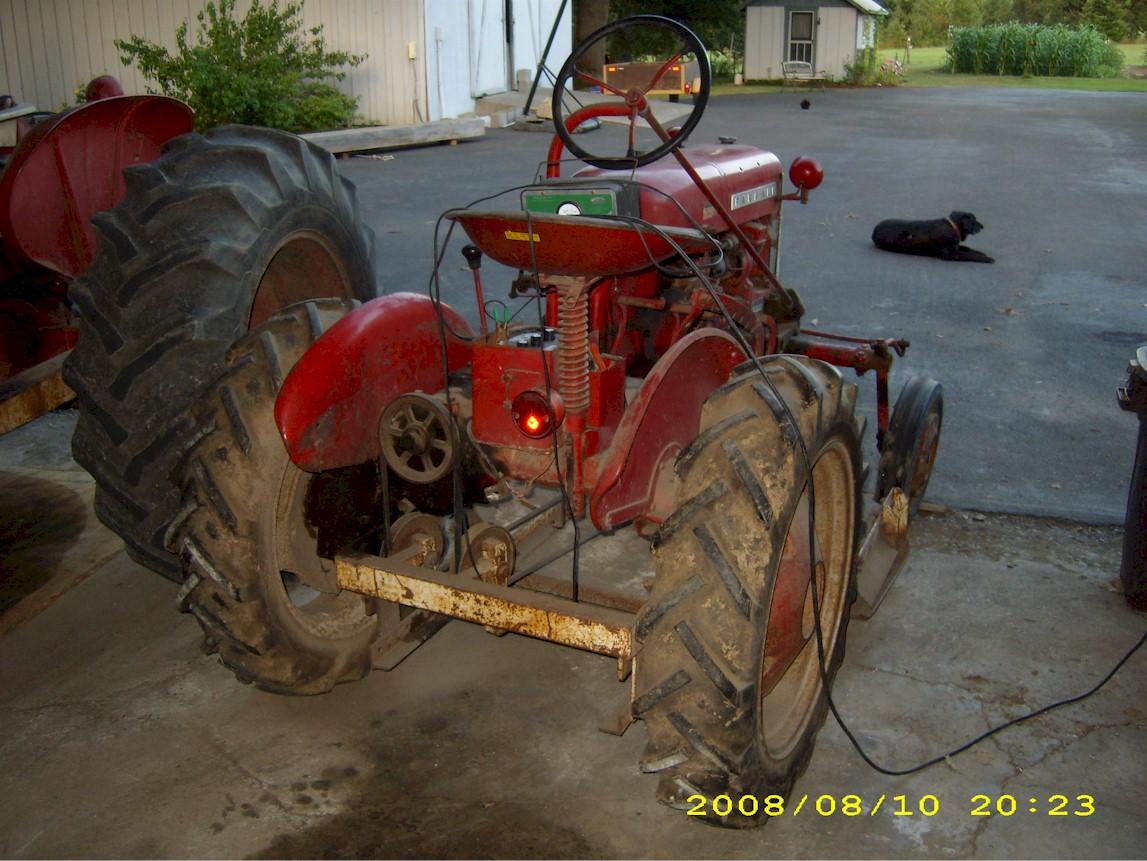 1961 International Harvester Farmall Cub